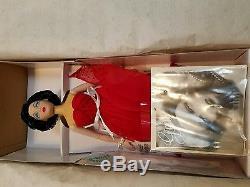 11 Ashton Drake Galleries Dolls