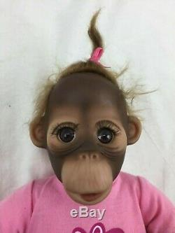 2X ASHTON DRAKE Lifelike Baby ORANGUTAN Monkey Dolls Set Pair FRANKIE & FIONA