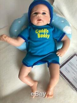 ASHTON DRAKE BABY DOLL CUDDLE BUDDY 17 WithPILLOW ARTIST VIOLET PARKER
