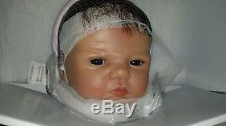 ASHTON DRAKE So Truly Real WELCOME TO THE WORLD Lifelike Baby Girl Doll NEW