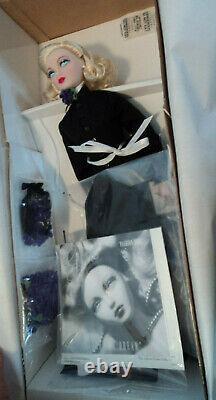 Ashton Drake 16 Gene Fashion Plot Doll Nrfb