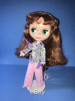 Ashton Drake BLYTHE doll Eyes Change Color Pink Outfit Includes A Box