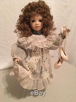 Ashton Drake Beautiful Dreamers 5 Gorgeous Fine Arts Dolls Displayed Only