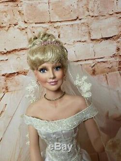 Ashton Drake Cindy McClure Porcelain Bride Doll By The Sea in Mendocino Doll 18