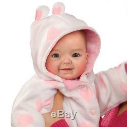 Ashton-Drake Cutest Baby Contest Winner Savana Baby Doll