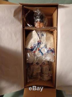 Ashton Drake Fancy Shawl Dancer Caroli Gardiner Doll Native American New in Box