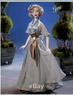 Ashton Drake Fit For A Queen Gene Marshall Fashion Doll MIB
