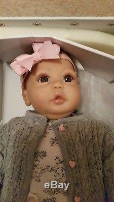 Ashton Drake Galleries Cuddly Coo Baby Doll Excellent condition