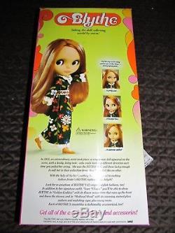 Ashton Drake Hasbro Blythe Big Eyes Doll 1st Reissue Flower Power Blonde NRFB
