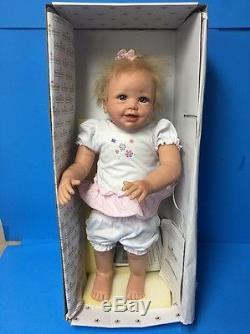 Ashton-Drake Isabella's First Steps Interactive Walking Baby Doll Works LA37