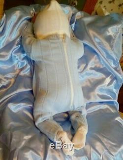Ashton Drake Linda Murray doll Vinyl over soft body anatomically correct 21