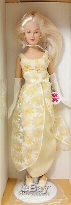 Ashton Drake Seventeen In Her 1970s Prom Gown Gene Doll NIB