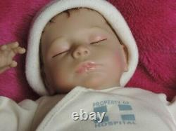 Ashton Drake So Truly Real 17 Ashley Baby Doll Breathing Battery Op & Box Nice