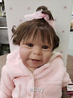 Ashton Drake Tinneke Picture Perfect Baby Doll 21