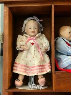 Ashton Drake Yolanda Bello Picture Perfect Babies 11 Dolls with Cabinet