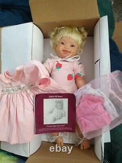 Ashton drake doll so truly real Downright Purrfect pre-owned