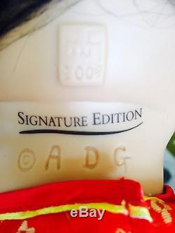 Authentic Ashton-Drake Signature Edition Mei Mei Doll