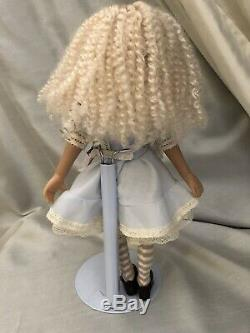 Beautiful 12 Alice In Wonderland, Designed By Dianna Effner For Ashton Drake