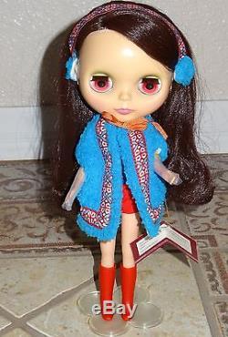Blythe Hasbro Kozy Kape 11 inch Ashton-Drake Galleries Collector Doll eye change