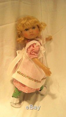 Boneka Effner 10 inch doll named Red for Red Riding Hood plus lovely extras