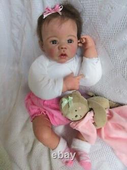 DARLING Reborn Doll = Ashton Drake Reborn Baby GIRL