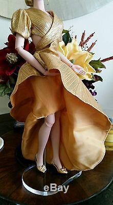 Jamieshow Ivy, complete with outfit, stand, box, unused condition BEAUTIFUL