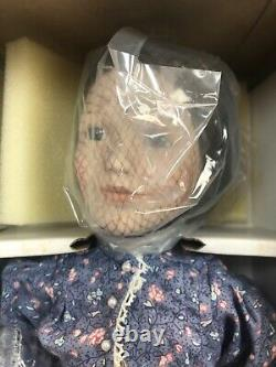 Little House on The Prairie Caroline'MA Ingalls' Doll 17-1/2 Tall w Cherry