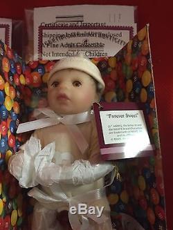 M&m Collection Of 12 Ashton-drake Galleries Mini Dolls