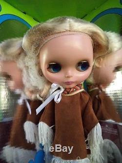 NEW ADG Ashton Drake Pow Wow poncho Blythe Doll US Seller