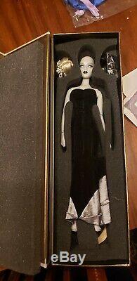 NRFB JamieShow Black Lipstick Gene Doll