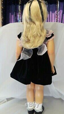 Patti Playpal Ashton Drake PLATINUM Doll 35 Tall