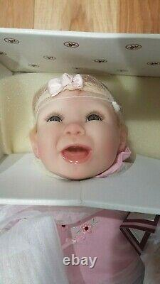 RETIRED! NWT! NRFB! Ashton Drake Galleries Tippy Toes -So Truly Real -Vinyl Doll