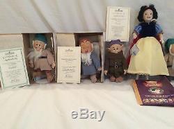 Snow White & The 7 Dwarfs From The Aston-Drake Gallery