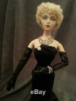 Texas Gold helper convention Gene Doll