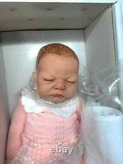 The Ashton-Drake Galleries So Truly Real Vinyl DollWelcome Home, Baby Emily(29)